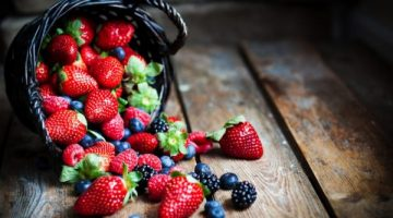 This Is Why Eating Berries Are Great For The Brain